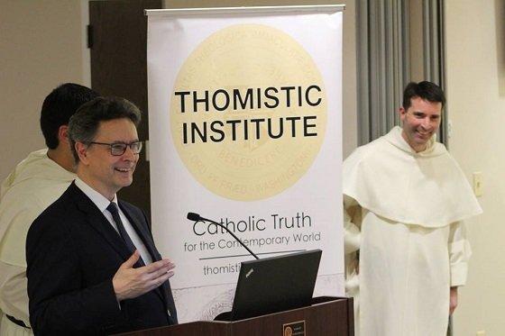 Conferencia del Prof. Enrique Martínez en el Thomistic Institute de Washington
