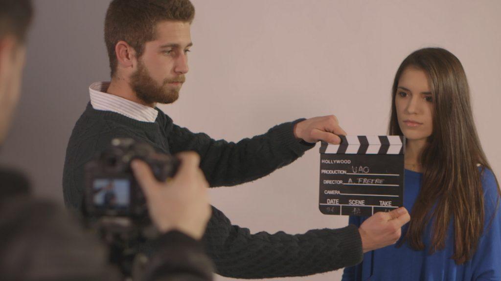 Imágenes de unos de los tres testimoniales del vídeo de Publicitat i RP. Judi Miró nos habla de la importancia de comunicarse