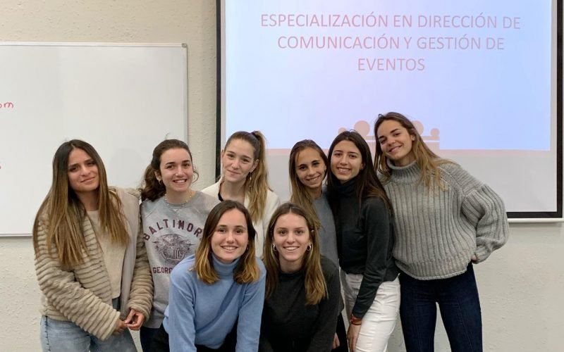 Las estudiantes de la UAOCEU que iniciaron el título propio en Dirección de la Comunicación y Gestión de Eventos